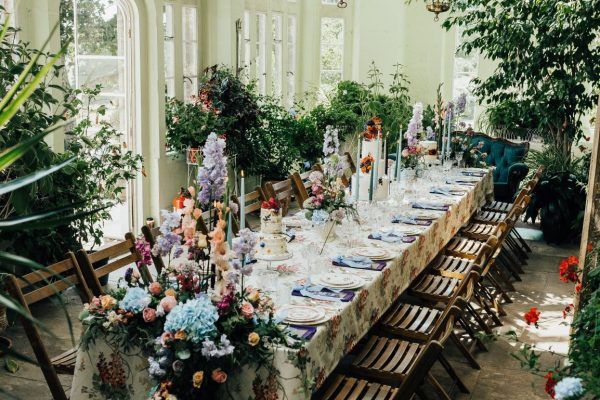 Décor, details and colours for the perfect quintessentially English Picnic