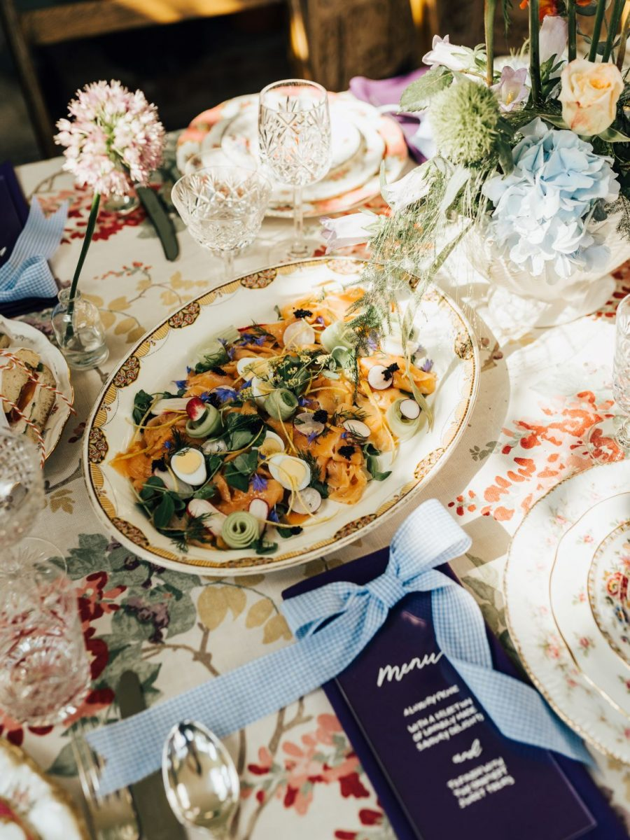 no english wedding is complete without a picnic